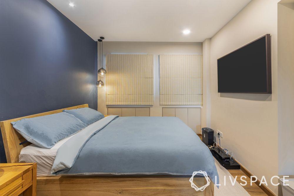 resale-hdb-master-bedroom-window-blinds