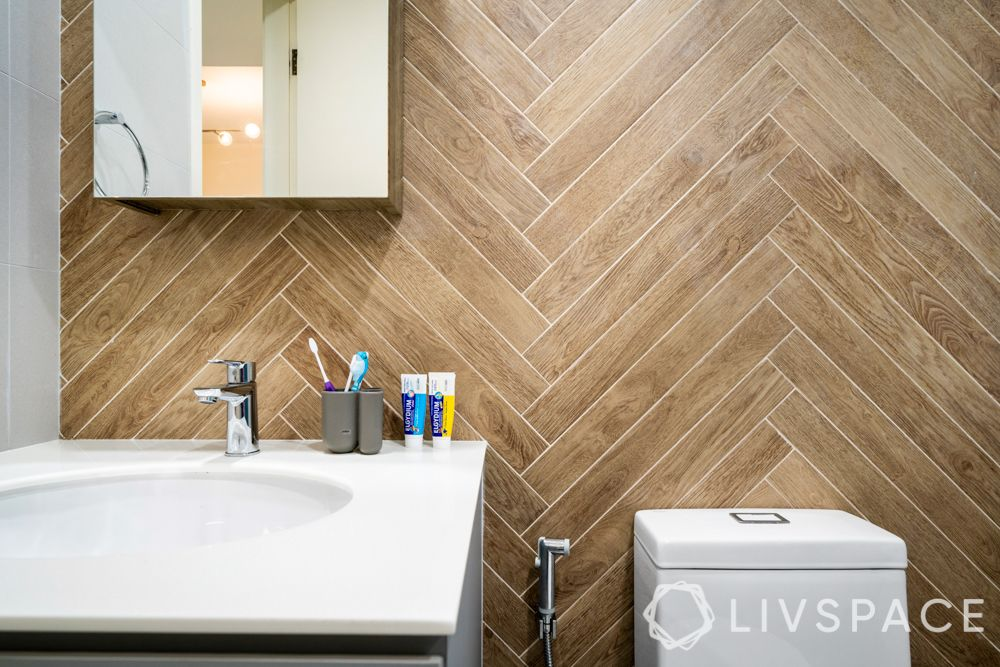 toilet-renovation-wall-tiles-herringbone-pattern