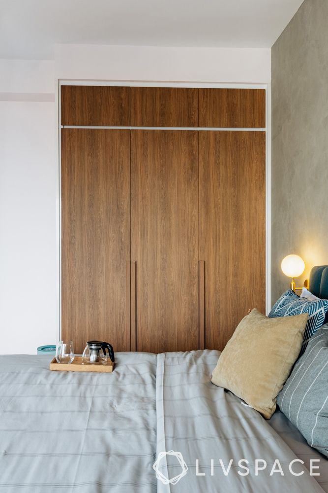 4-bedroom-condo-master-bedroom-laminate-grain-wardrobe