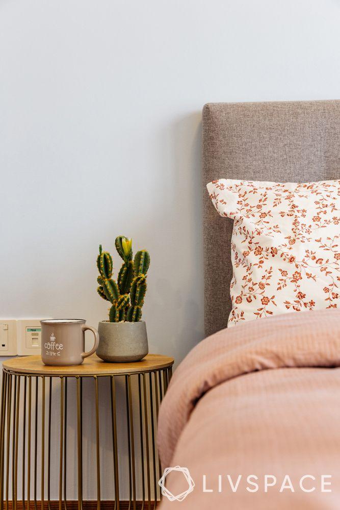 4-bedroom-condo-guest-bedroom-side-table