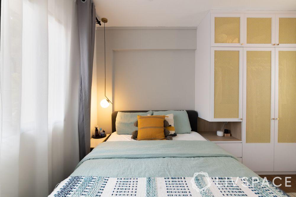 4-room-hdb-design-master-bedroom-bedside-pendant