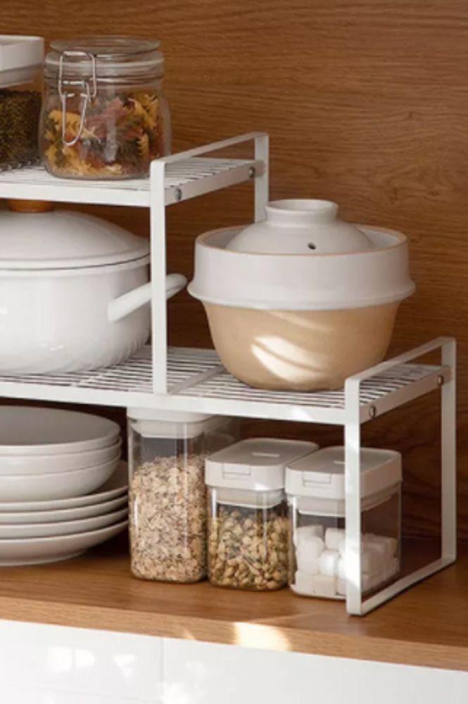 small-kitchen-ideas-stackable-kitchen-organiser