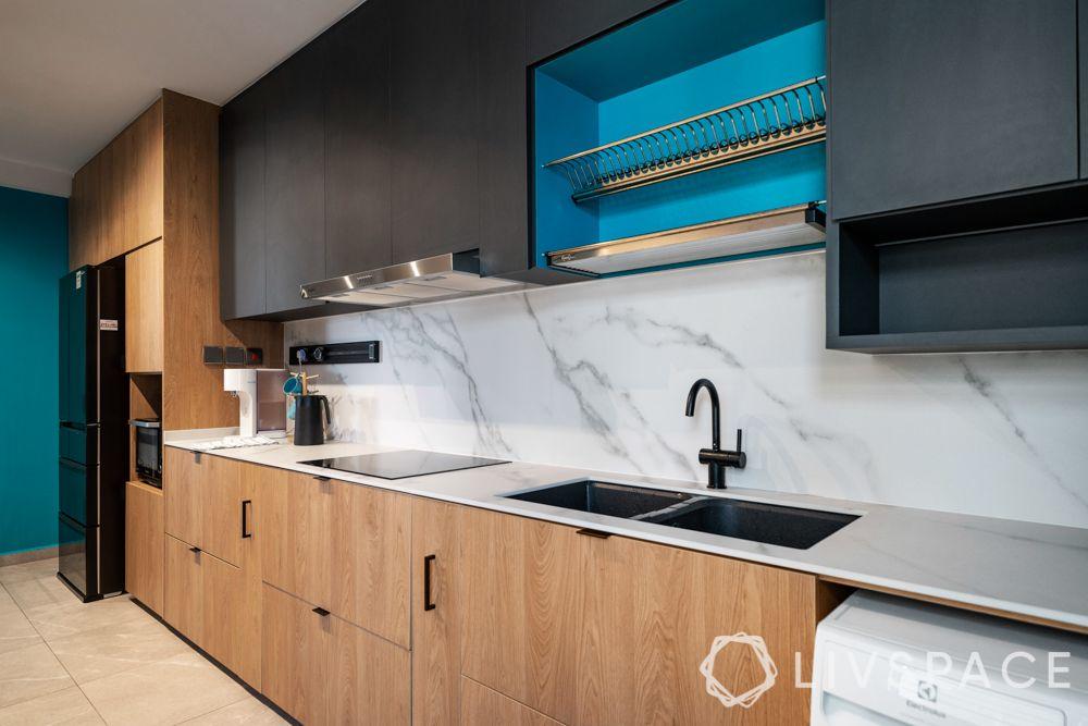 4-room-hdb-resale-renovation-ideas-kitchen-laminate-black-wall-cabinets