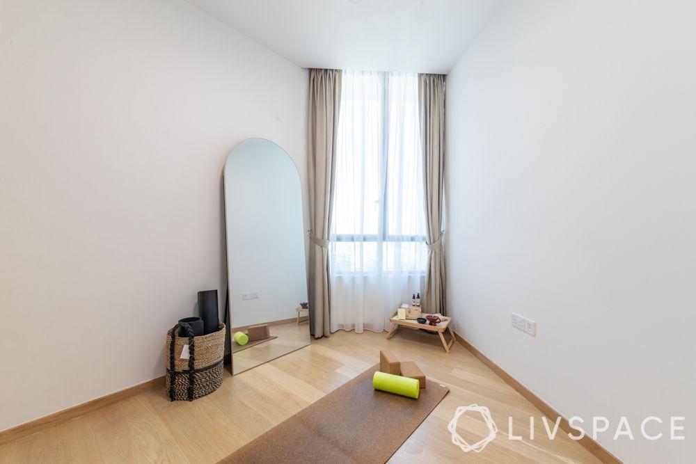 prince-charles-crescent-yoga-room-mat-mirror