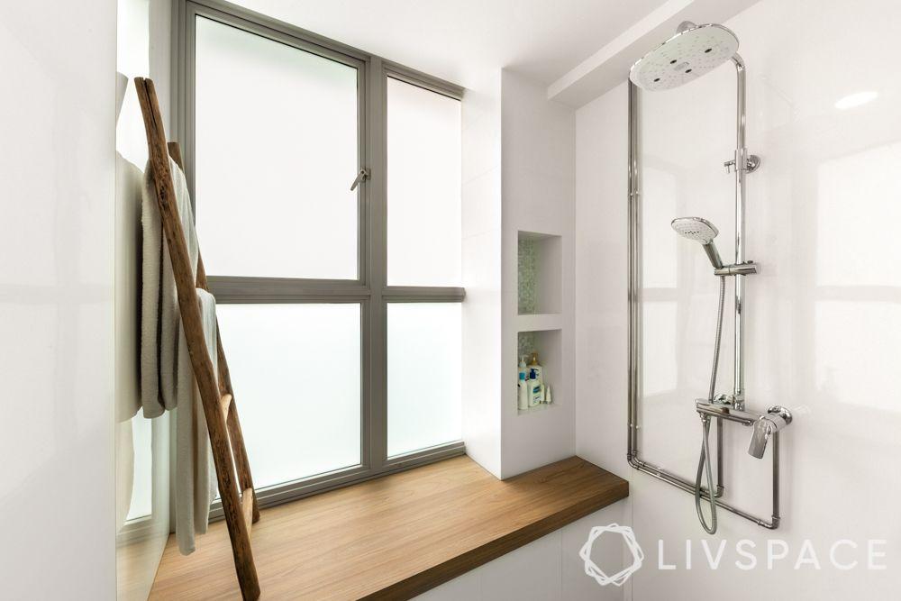toilet-design-large-shower-area
