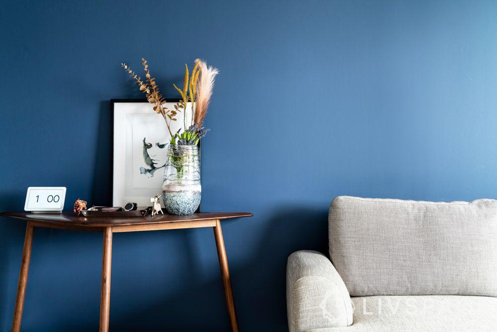 condo-living-room-design-decor-accents