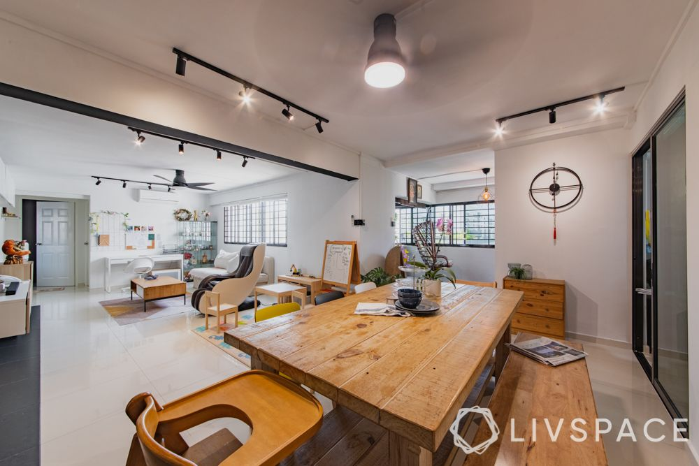 3gen-flats-dining-room-track-lights-wooden-table
