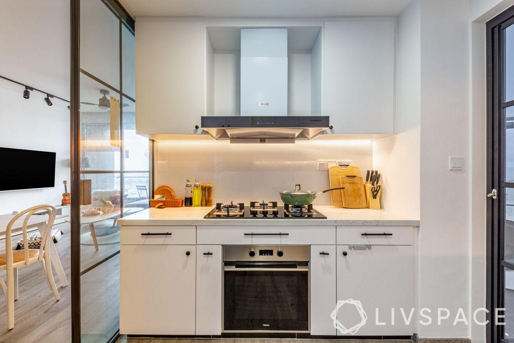 condo-interior-design-ideas-singapore-kitchen-white-cabinetry-profile-lights