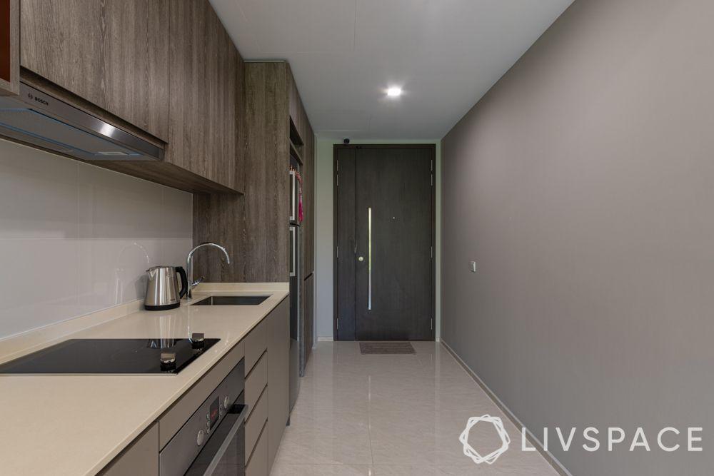 1-bedroom-condo-entrance-kitchen-grey-wall
