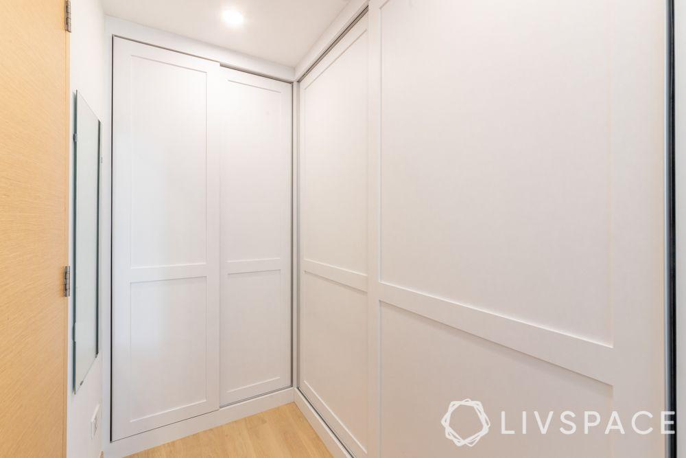 storage-ideas-wardrobe-white-essentials