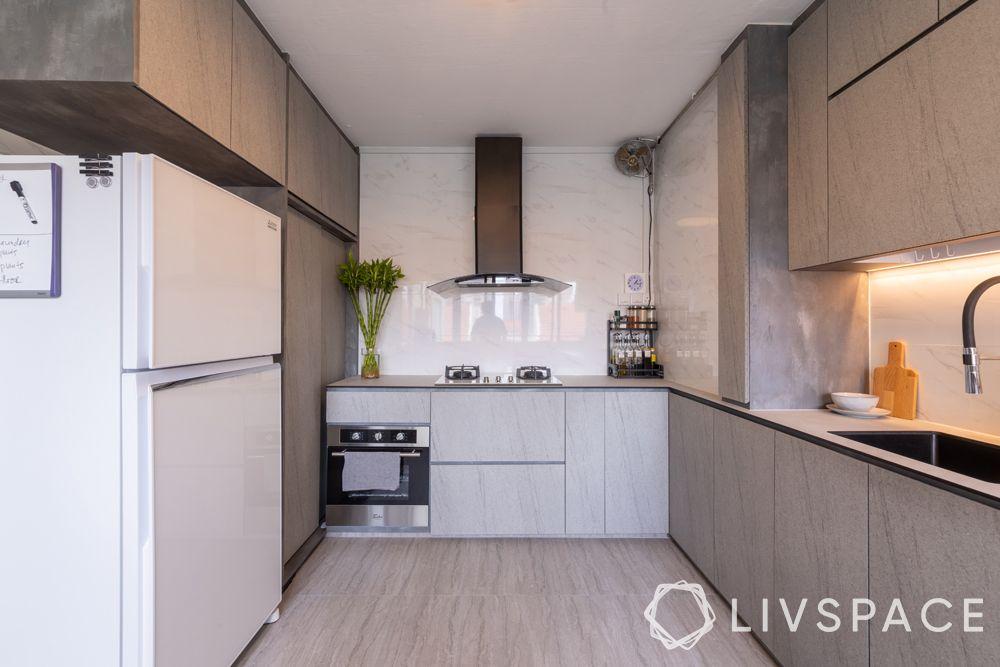 3-room-resale-flat-kitchen-laminate-cabinets-tiled-floor
