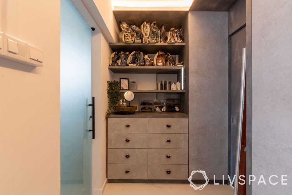 3-room-resale-flat-walk-in-wardrobe-cabinets-drawers-storage-unit