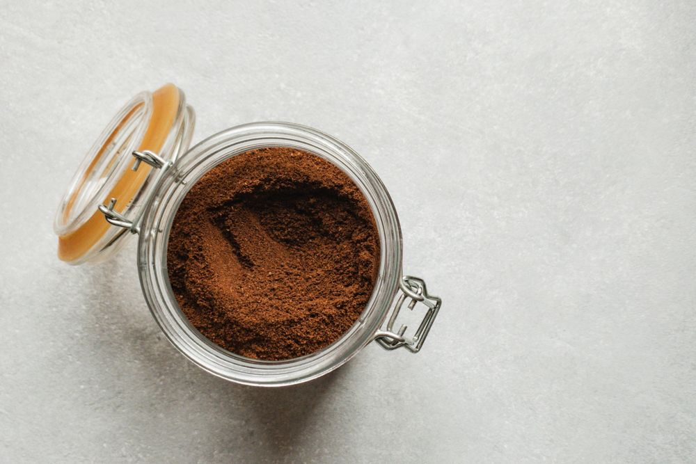how-to-get-rid-of-lizards-coffee-powder