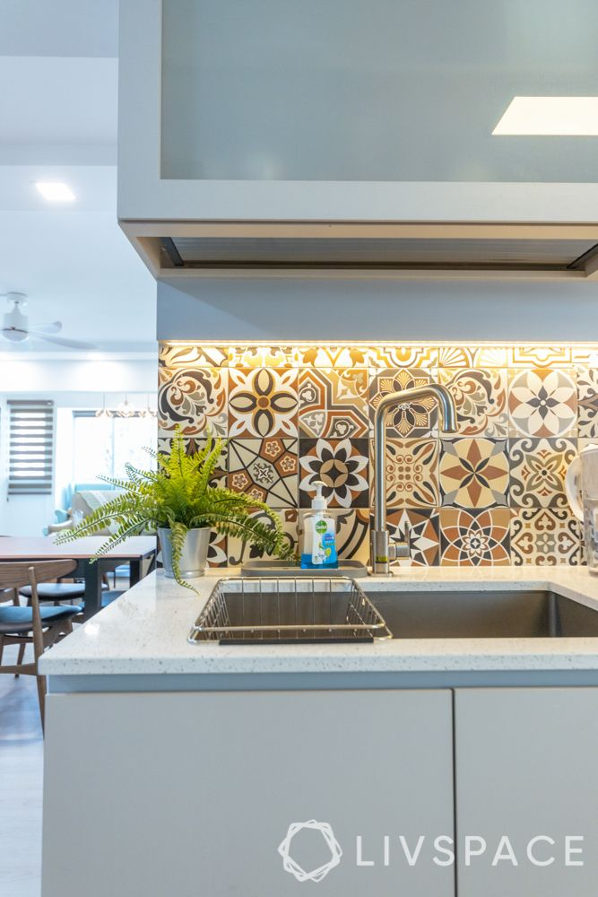 executive-apartment-kitchen-sink-parkenan-tiles