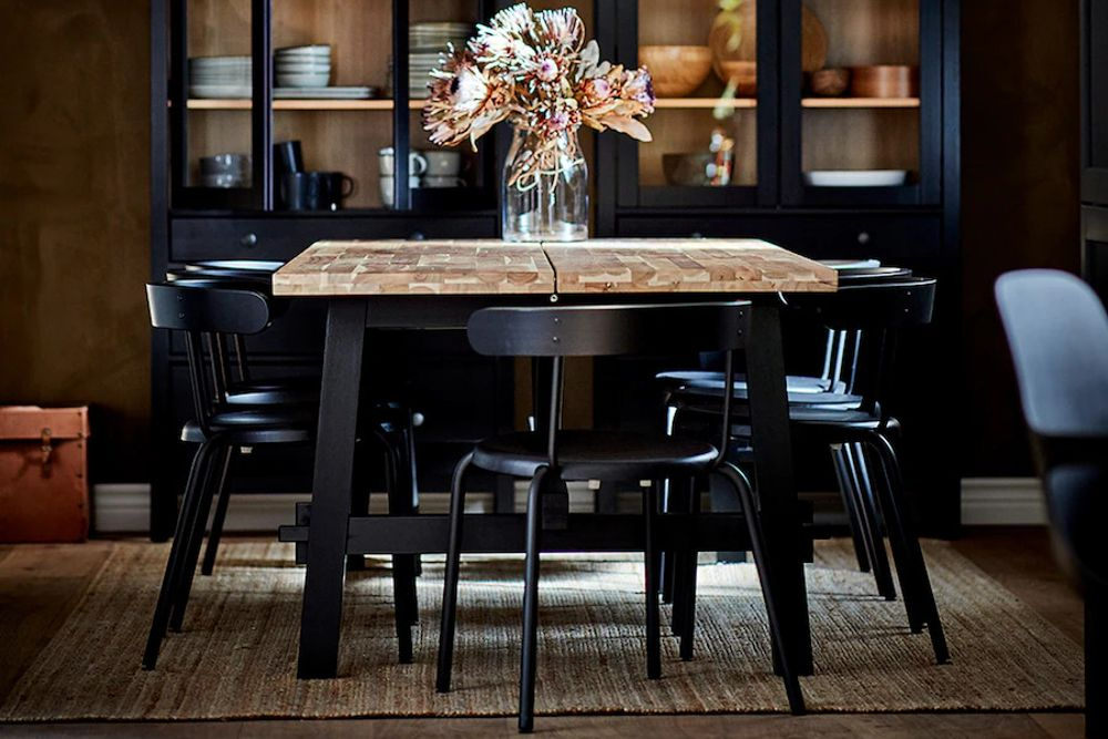 dining-table-set-black-table-wooden-tabletop