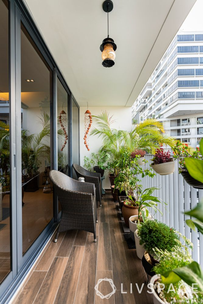 balconies-plants-compact-wooden-flooring
