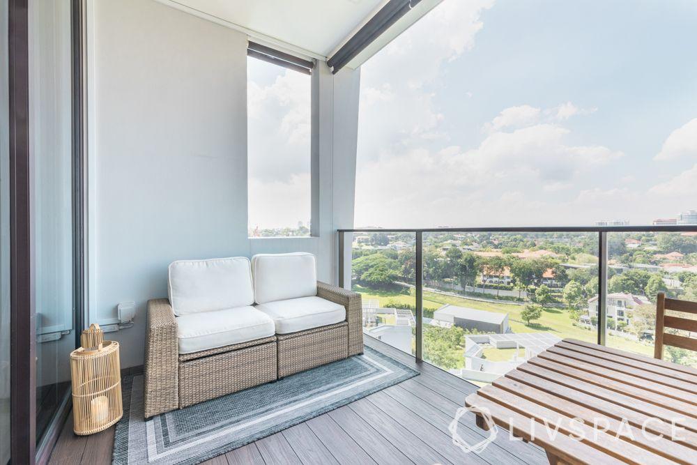 balconies-rattan-furniture-cushions-floor-lamp-rug