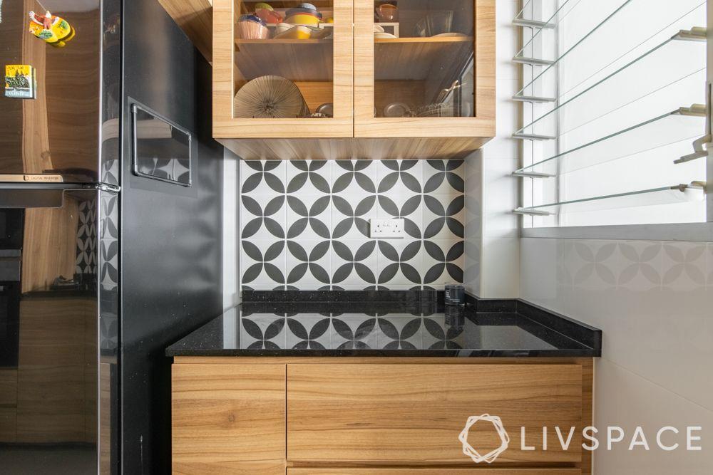 hdb-4-room-resale-renovation-kitchen-black-and-white-backsplash-wooden-cabinets