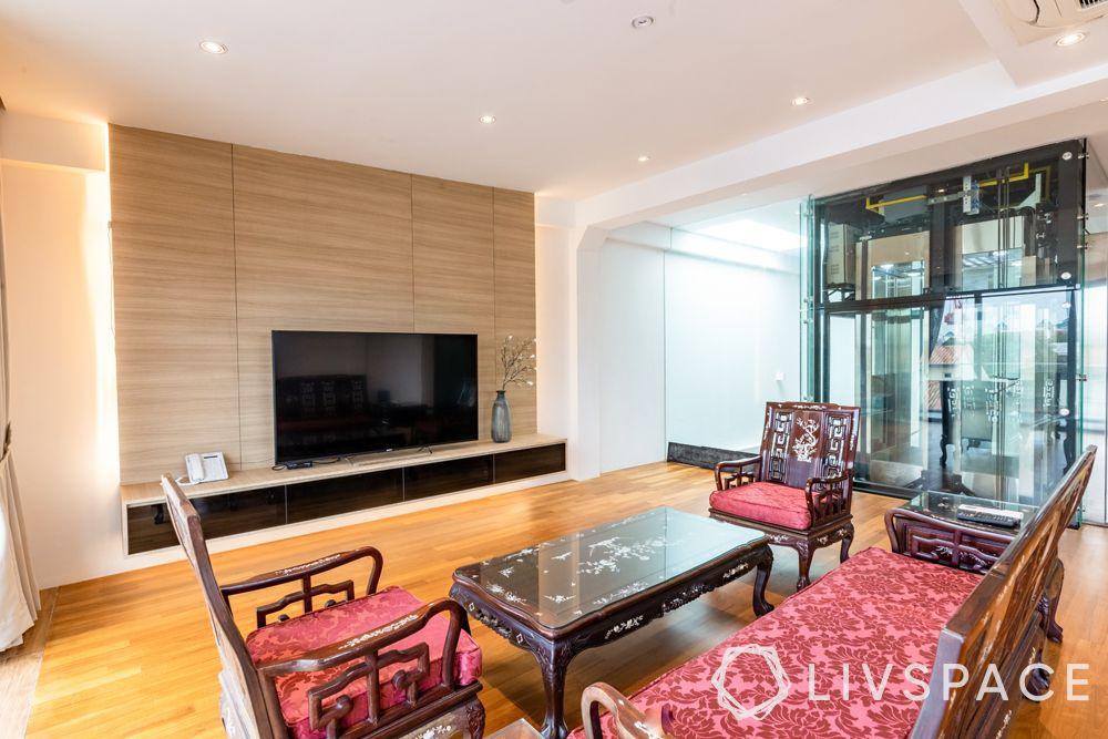 landed-house-design-casual-living-room-wooden-furniture