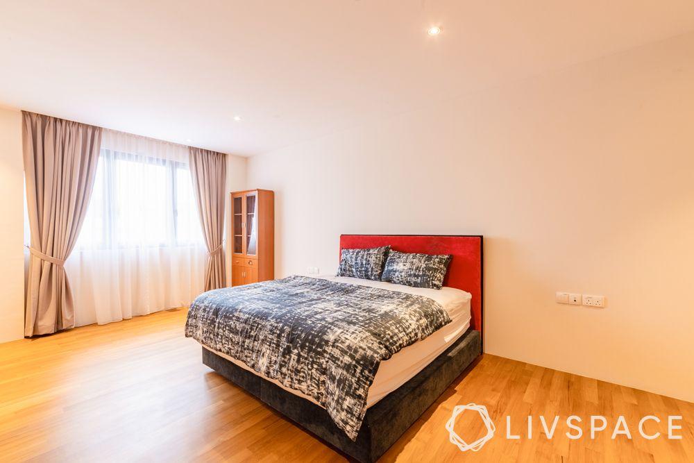 landed-house-design-bedroom-layered-drapes