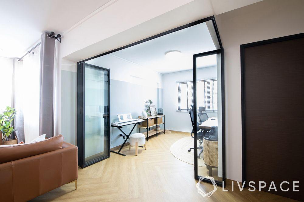 parquet-flooring–clear-parquet-transparent-doors