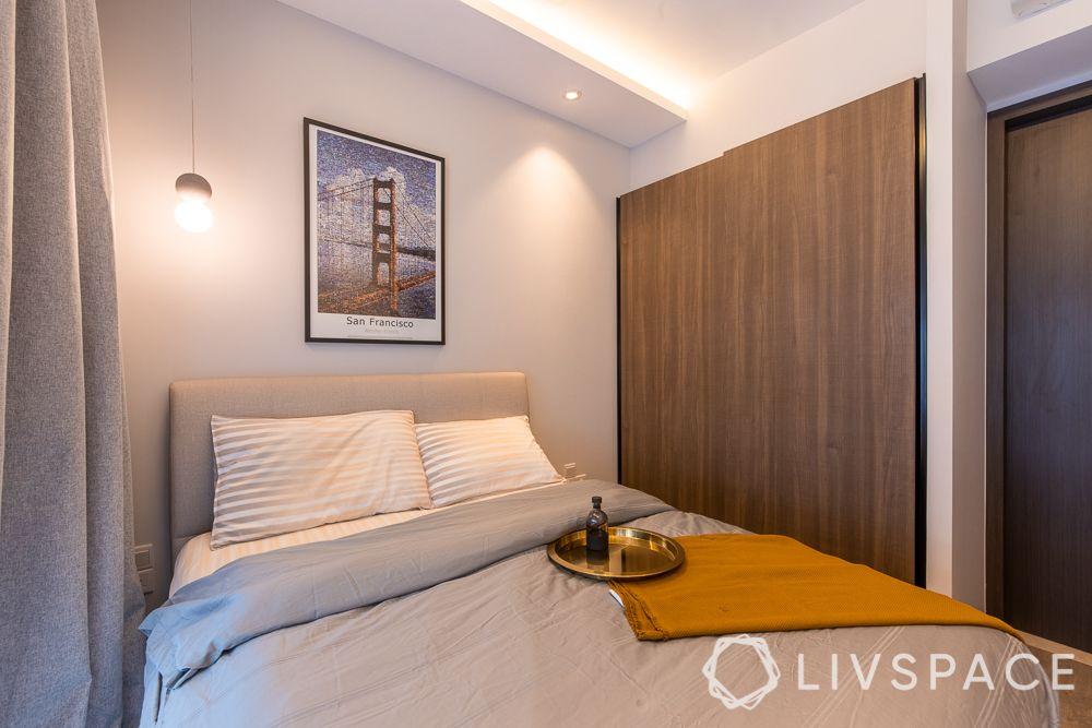 sliding-door-wardrobe-compact-space