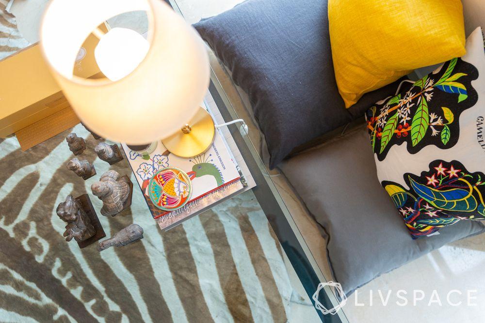 2-bedroom-condo-centre-table-table-lamp