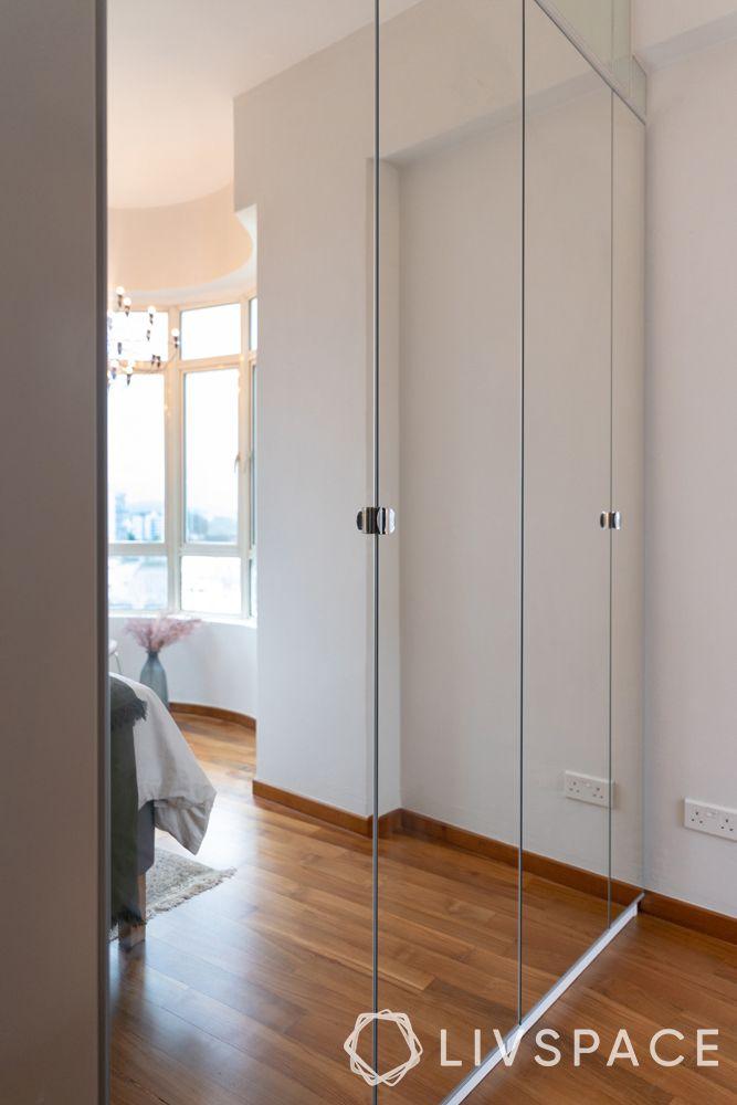 2-bedroom-condo-mirrored-wardrobes