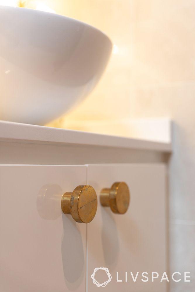 2-bedroom-condo-vanity-door-knobs